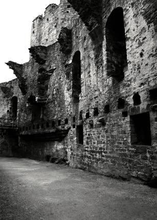 Conwy Great Hall 2 B+W