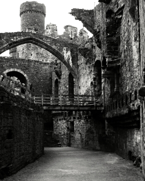 Conwy Great Hall B+W